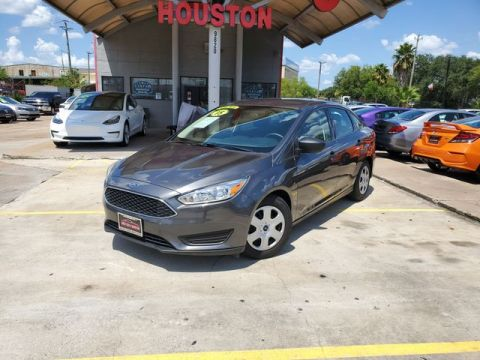 2015 Ford Focus S Sedan 4D