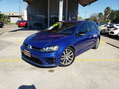 2017 Volkswagen Golf R Hatchback Sedan 4D